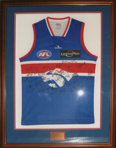bulldogsshirtframed